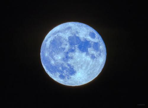 02.8.4満月.jpg